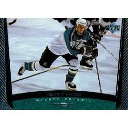 1998-99 Upper Deck c. 215 Green Travis ANA