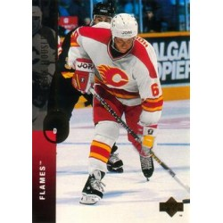 1994-95 Upper Deck c. 169 Phil Housley CGY